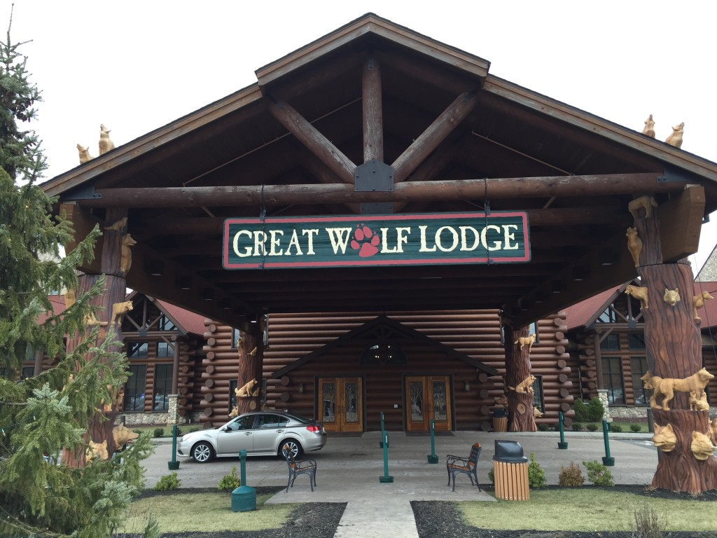 Great Wolf Lodge Front Entrance